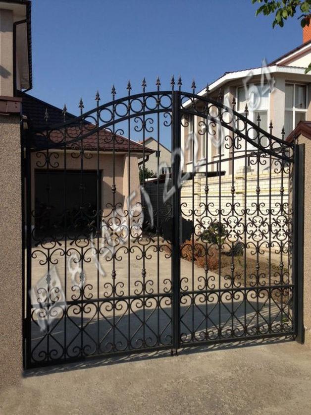 Ворота / Установка кованных ворот ВК114 на заказ